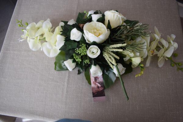 Bloemstuk ovaal orchidee - rozen - pioenroos