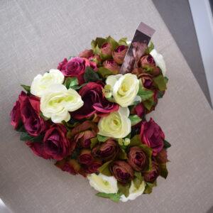 Bloemstuk hart wit - wijnrode rozen