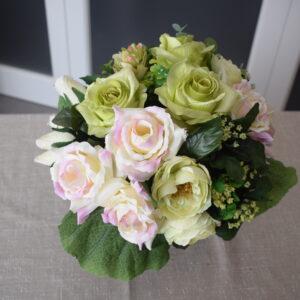 vaasstuk modern 3 rozensoorten - ranonkel crèmeroze